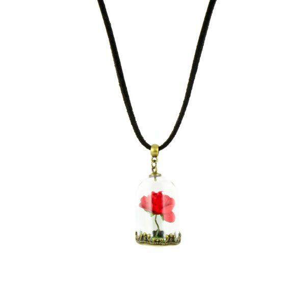 Colgante que incluye una rosa en miniatura y una base de césped artitificial, variante de cadena en negro