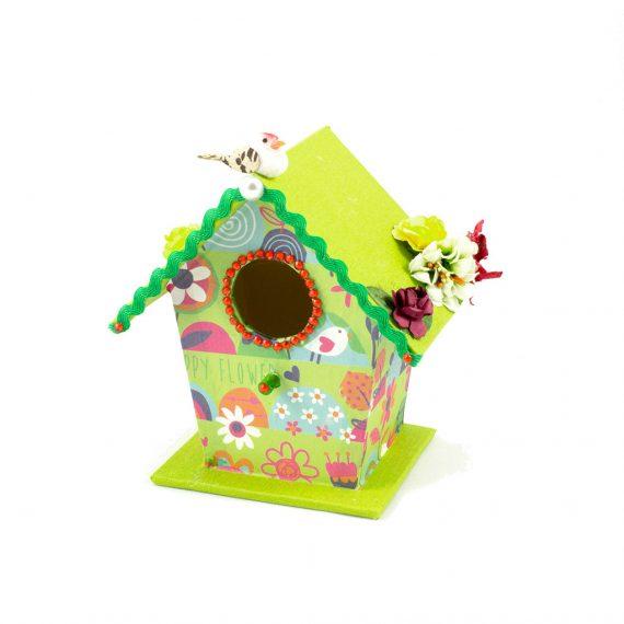 Casa de pájaros verde